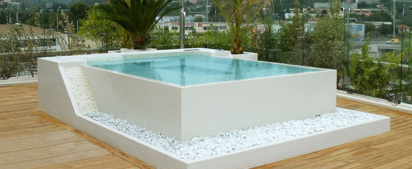 Spa En Dur Exterieur 20 Hot Tubs For Bathing Relaxation
