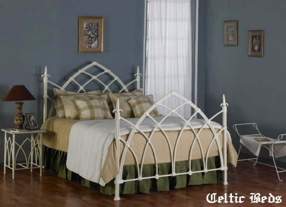Gothic Schlafzimmer Celtic Wrought Iron Beds - Gothic Iron Bed