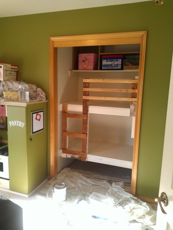 Loft Bed With Desk Underneath Build Double Bed Loft Plans Diy Sewing Machine Cabinet