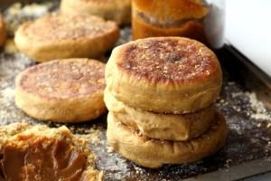 Vegan Pumpkin Pie English Muffins
