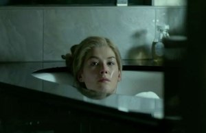 rosamundgonegirl_640px-gone-girl-review-batfleck-david-fincher-epic