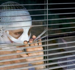 goodnight-mommy-mommy-at-blinds2