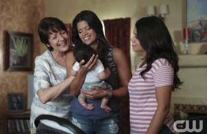 "Jane The Virgin -- ""Chapter Twenty-Eight"" -- Image Number: JAV206a_0017.jpg -- Pictured (L-R): Ivonne Coll as Alba, Andrea Navedo as Xo and Gina Rodriguez as Jane -- Photo: Scott Everett White/The CW -- © 2015 The CW Network, LLC. All rights reserved."