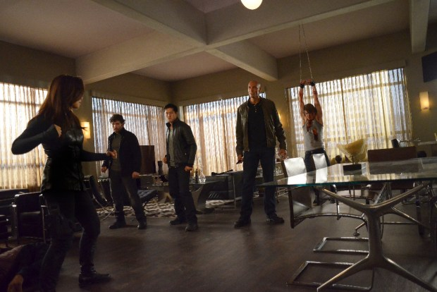 """MARVEL'S AGENTS OF S.H.I.E.L.D. - """"Among Us Hide..."""" - The stakes get even higher as Hunter and May continue to go after Ward and Hydra, and Daisy and Coulson begin to suspect that the ATCU may be keeping a big secret from S.H.I.E.L.D., on """"Marvel's Agents of S.H.I.E.L.D.,"""" TUESDAY, NOVEMBER 3 (9:00-10:00 p.m., ET) on the ABC Television Network. (ABC/Eddy Chen) MING-NA WEN, DAZ CRAWFORD, SPENCER CLARK"""