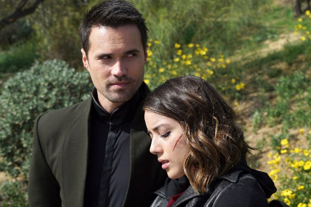 "MARVEL'S AGENTS OF S.H.I.E.L.D. - ""The Singularity"" - The S.H.I.E.L.D. team is left reeling and decimated as Hive continues to sway Inhumans to his side. But there is a sliver of hope as Agents Fitz and Simmons follow a lead that may be able to stop the maniacal Inhuman once and for all, on ""Marvel's Agents of S.H.I.E.L.D.,"" TUESDAY, APRIL 26 (9:00-10:00 p.m. EDT) on the ABC Television Network. (ABC/Eric McCandless) BRETT DALTON, CHLOE BENNET"