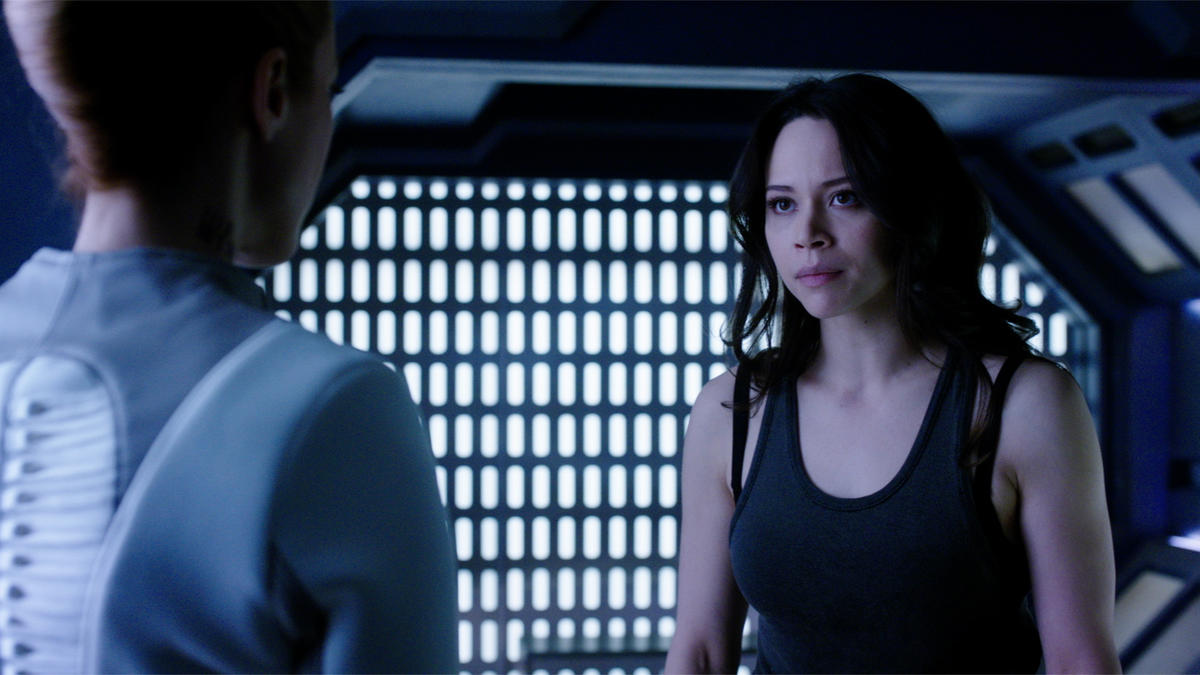 "TV Review: Dark Matter (2x09) ""Going Out Fighting"""