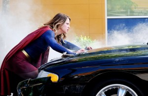 "Supergirl -- ""The Last Children of Krypton"" -- Pictured: Melissa Benoist as Supergirl -- Photo Credit: Robert Falconer/The CW -- © 2016 The CW Network, LLC. All Rights Reserved"