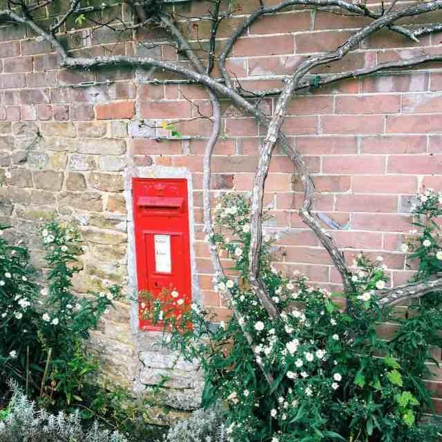 Stumbled upon this teeny tiny post box! It really ishellip