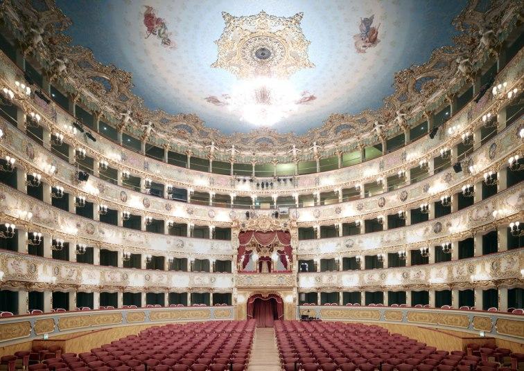 Candida Höfer Teatro La Fenice di Venezia V 2011