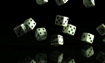 Falling-dice-960x500