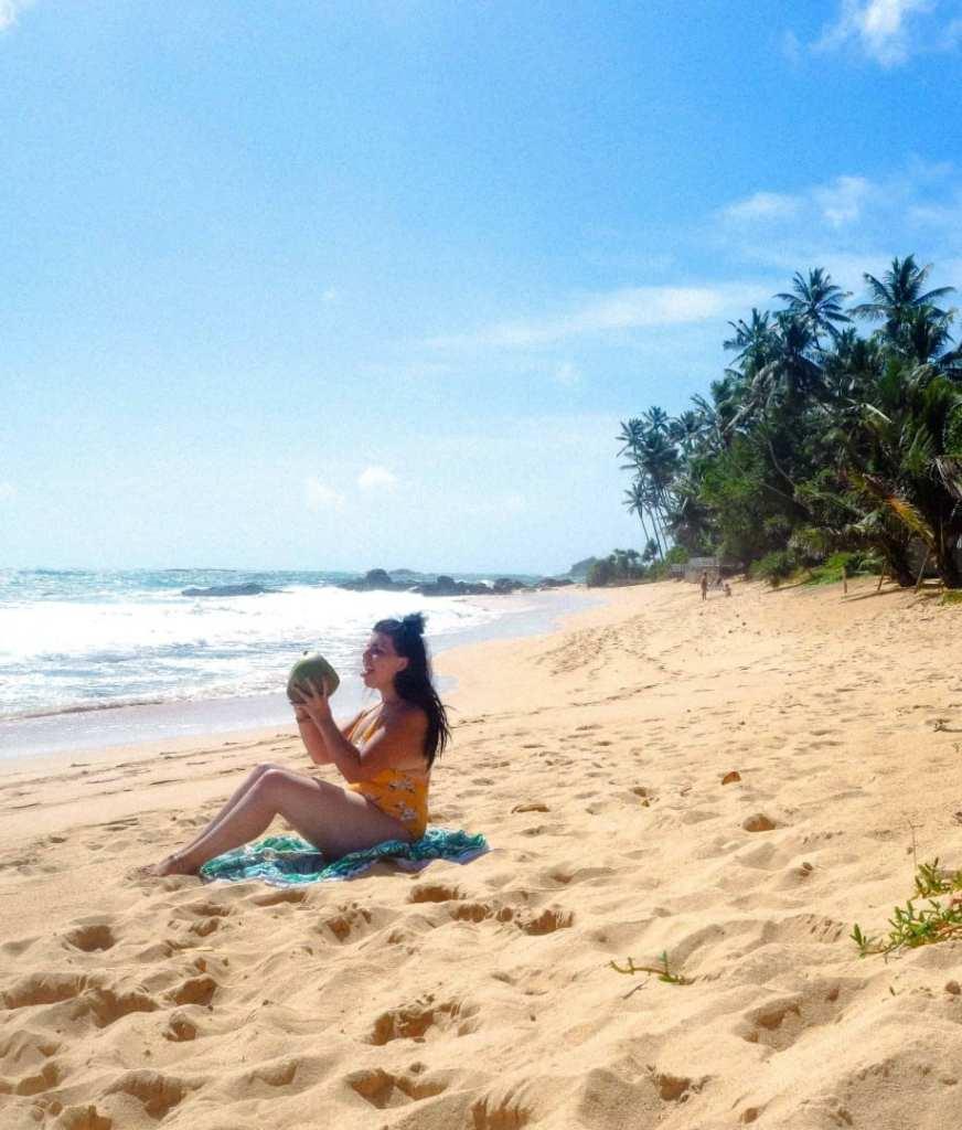 YOUR GUIDE TO BEACH HOPPING SRI LANKA'S SOUTH COAST: GALLE, UNAWATUNA AND MIRISSA