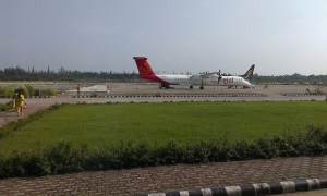 SpiceJet_and_Jet_Airways_aircrafts_at_Jolly_Grant_Airport_(August_2014)
