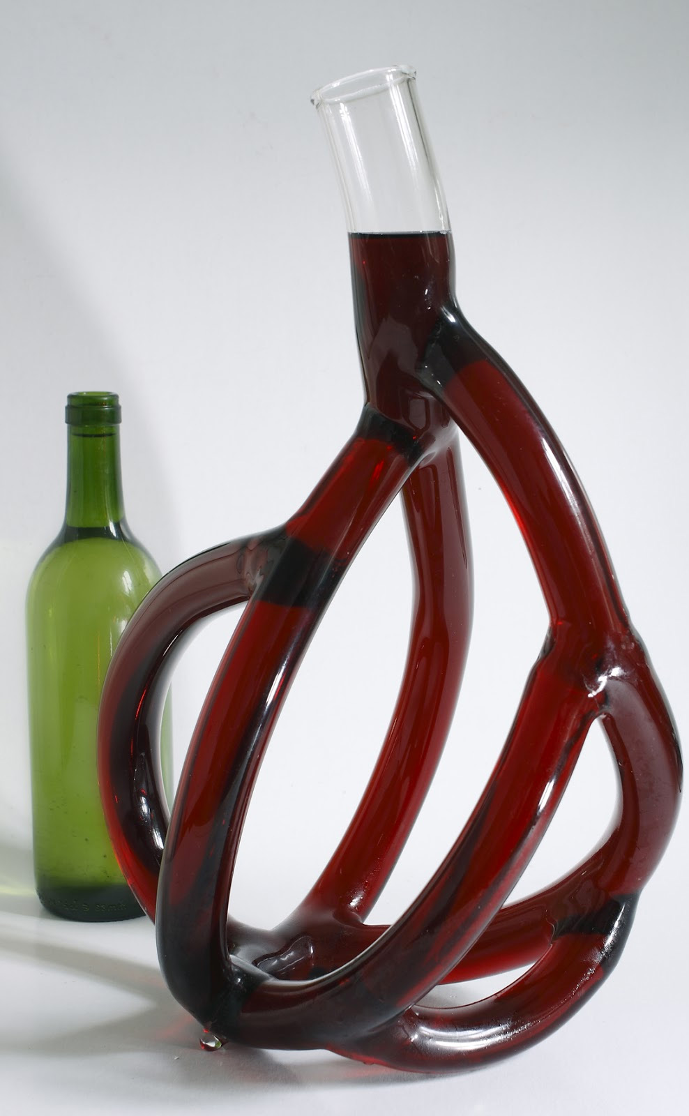 Karaffe Wein Stranger Wine: Hand-blown Glass Wine Decanters By Etienne