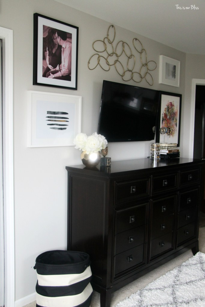 new year, new room refresh challenge - Master bedroom refresh - gold decor - TV gallery wall - minted art & rugsusa rug - This is our Bliss - www.thisisourbliss.com
