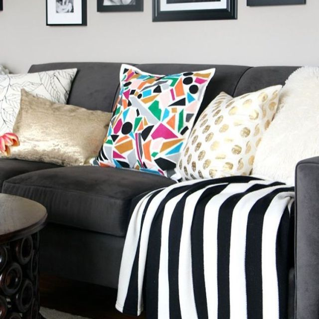 Black and white decor will always find its way intohellip