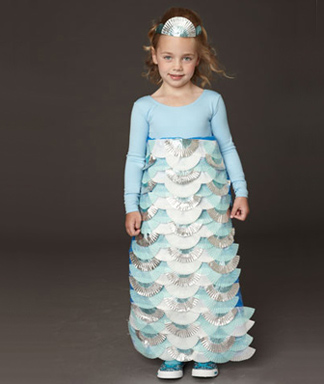 DIY-Halloween-Costume-Mermaid