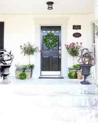 Spring Door Decorating Ideas - Thistlewood Farm