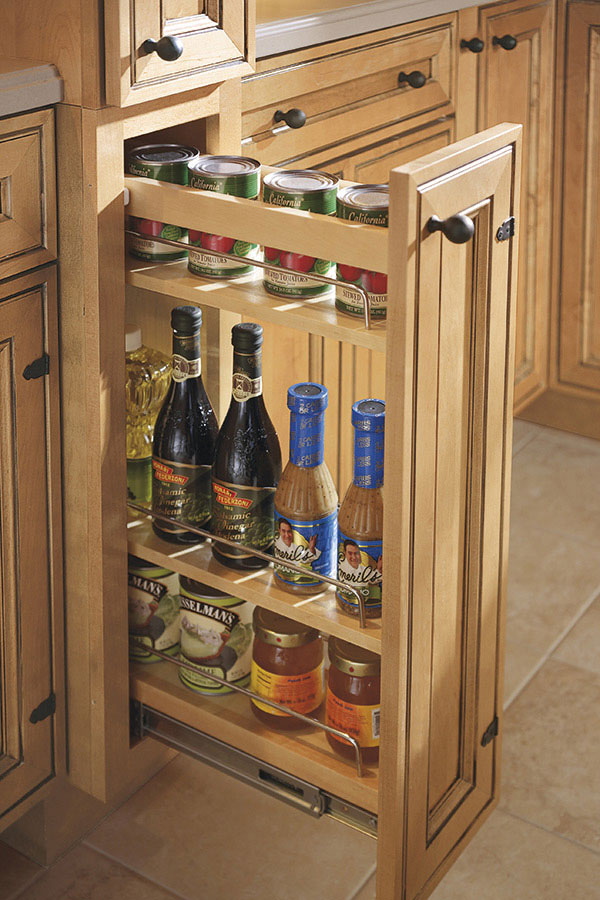 Design Kitchen Cabinets Design Thomasville - Organization - Base Pantry Pullout