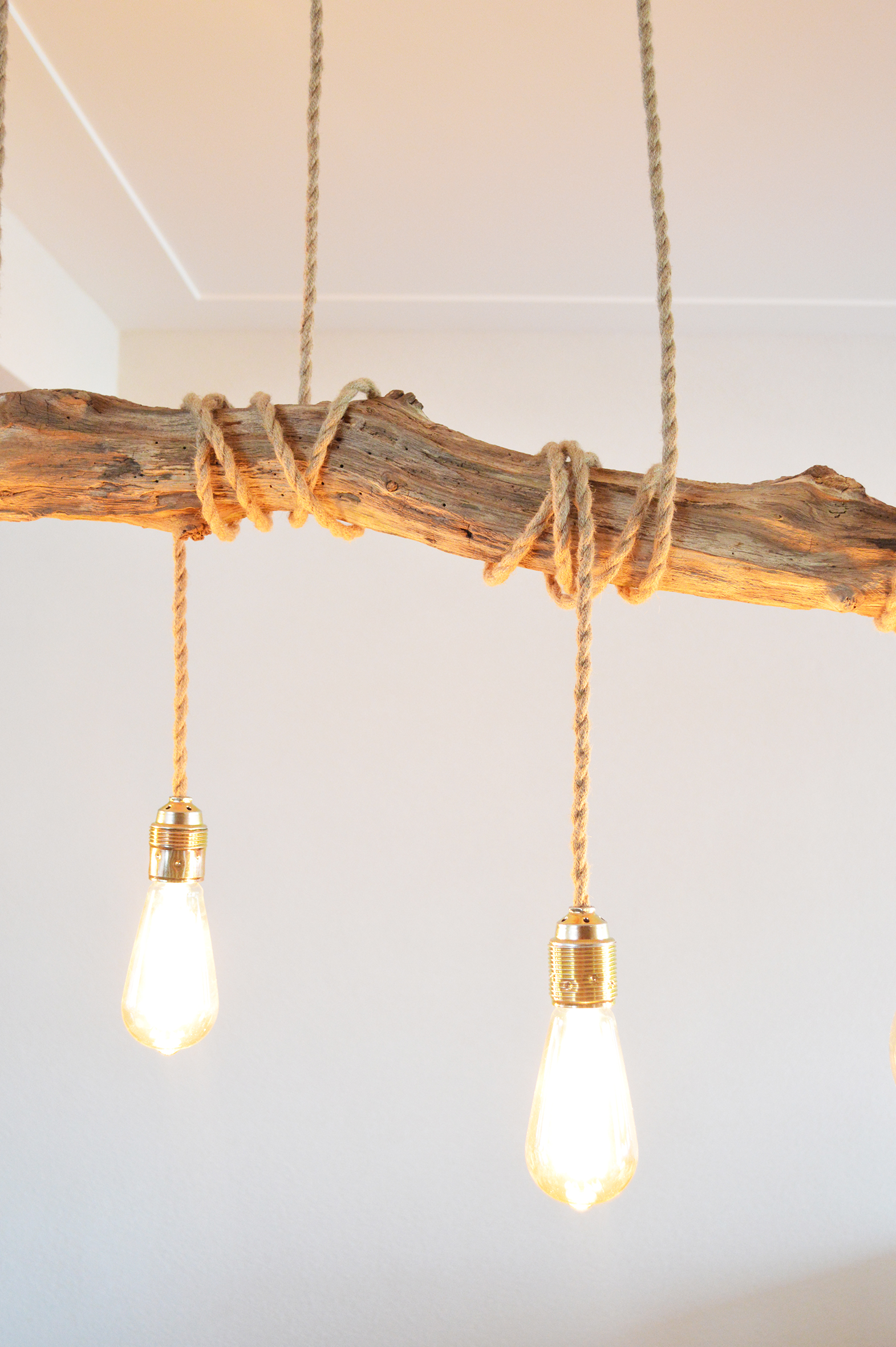 Metalen Fitting Apesso | Houten Boomstronk Hanglamp - Thomaswood