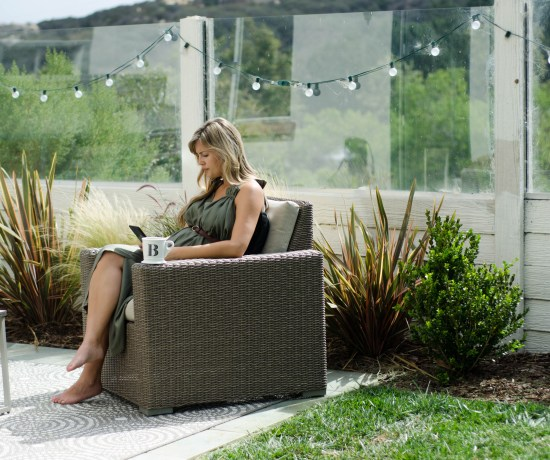 BUMP STYLE :: Backyard Reading | Thoughts By Natalie #hatchcollection