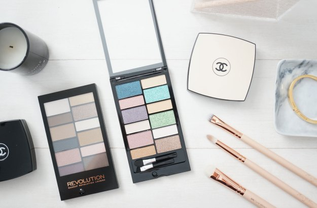 makeup-revolution-awesome-eyeshadow-palette-review