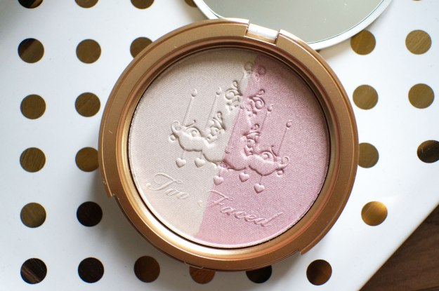 too-faced-candlelight-glow-review