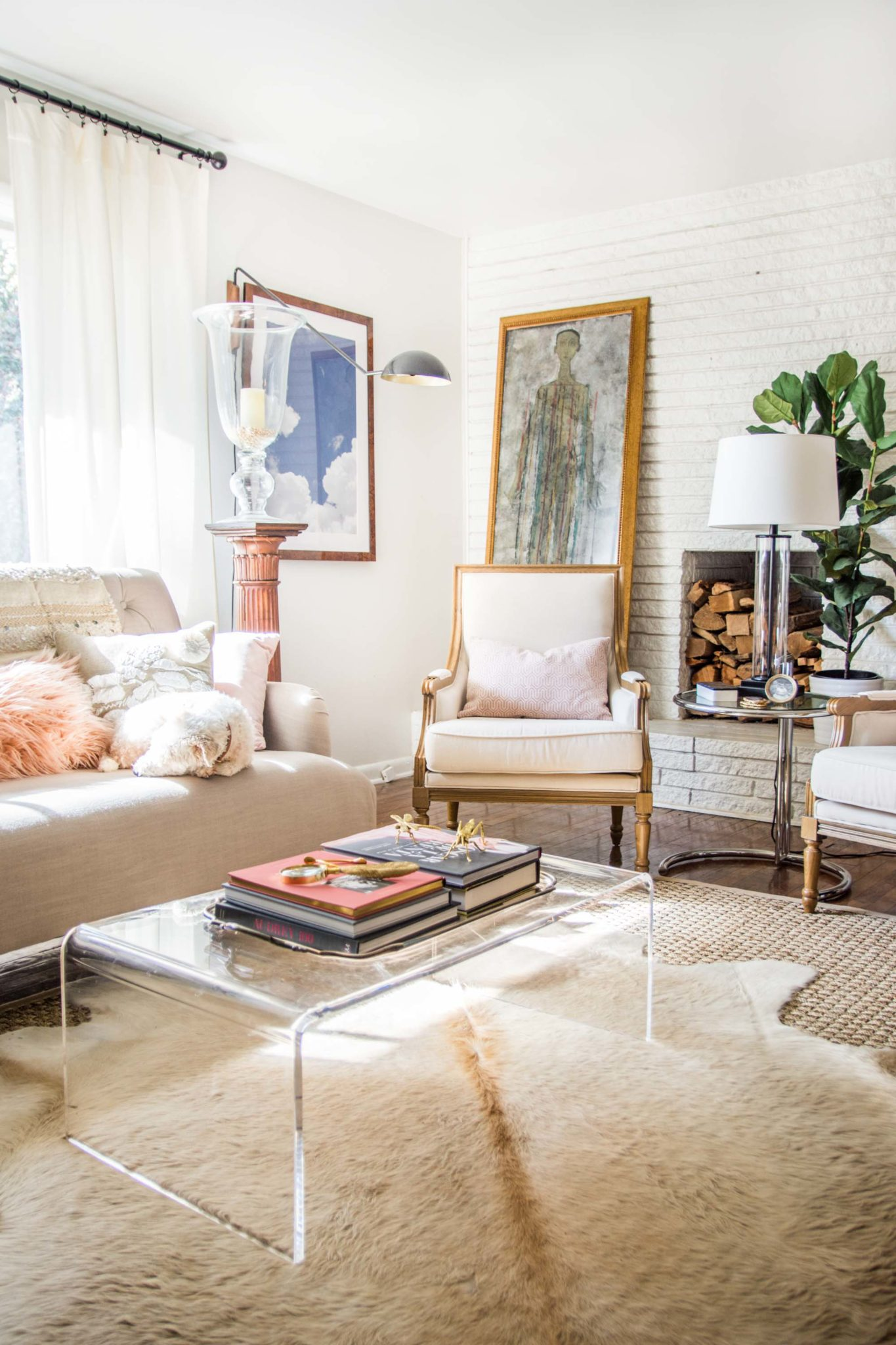 Sofas Around The World Embracing Blush Decor In The Living Room - Thou Swell