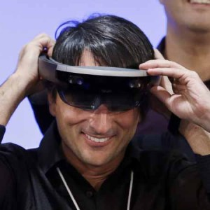 Microsoft Looking To Entice Developers By Taking HoloLens On A U.S. Tour