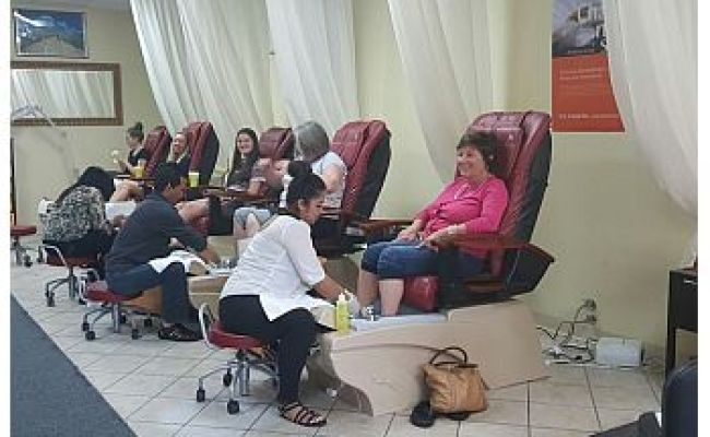 3 Best Nail Salons In Fort Collins Co Threebestrated