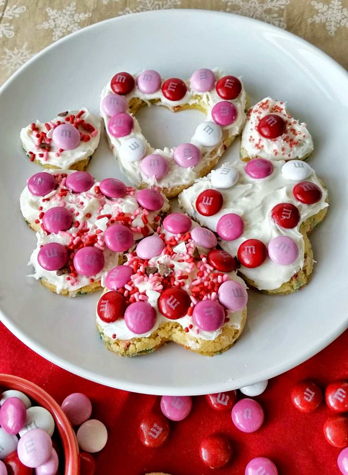 heart shaped cake mix cookies three kids and a fish. Black Bedroom Furniture Sets. Home Design Ideas