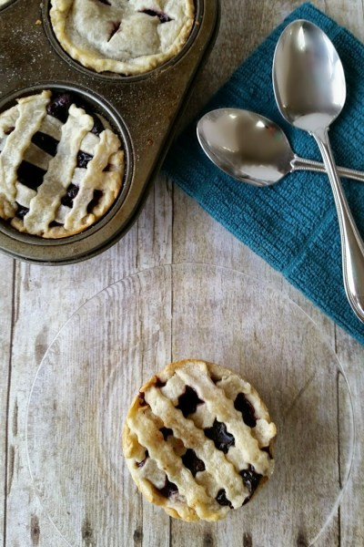 Blueberry Cheesecake Mini Pies