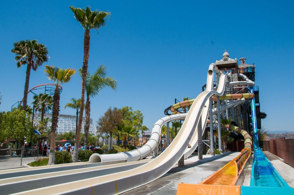 Six Flags Hurricane Harbor at Six Flags Magic Mountain Splashes Into