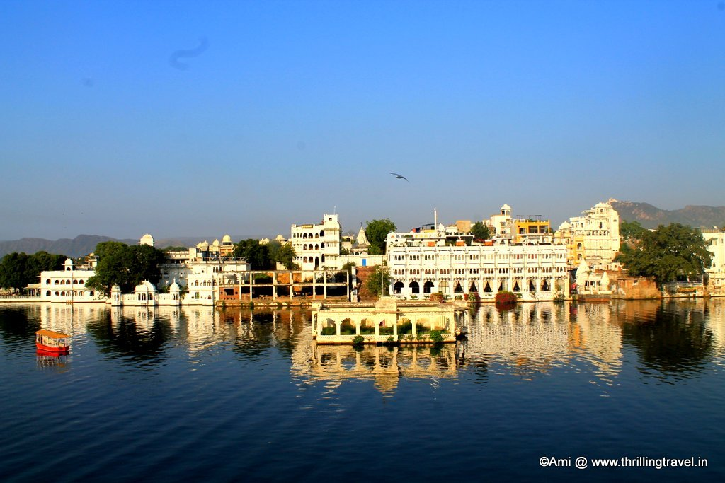Lake Pichola in the morning.