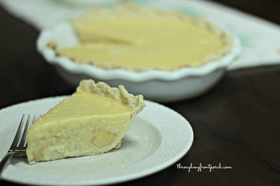 Delightful Simple Banana Coconut Cream Pie To Make Now - Through My ...