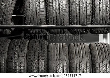 Venta De Garage Fotos Imagenes Y Retratos En Stock