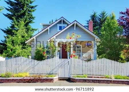 Craftsman House Stock Photos, Royalty-Free Images & Vectors