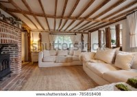 16th Century English Cottage Living Room Stock Photo ...