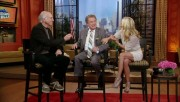 178f88139544606 Kelly Ripa  Regis & Kelly  upskirt video