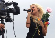 037cc887307194 Pixie Lott performs at T4 On  The Beach in Weston super Mare, UK, Jul 4, 2010