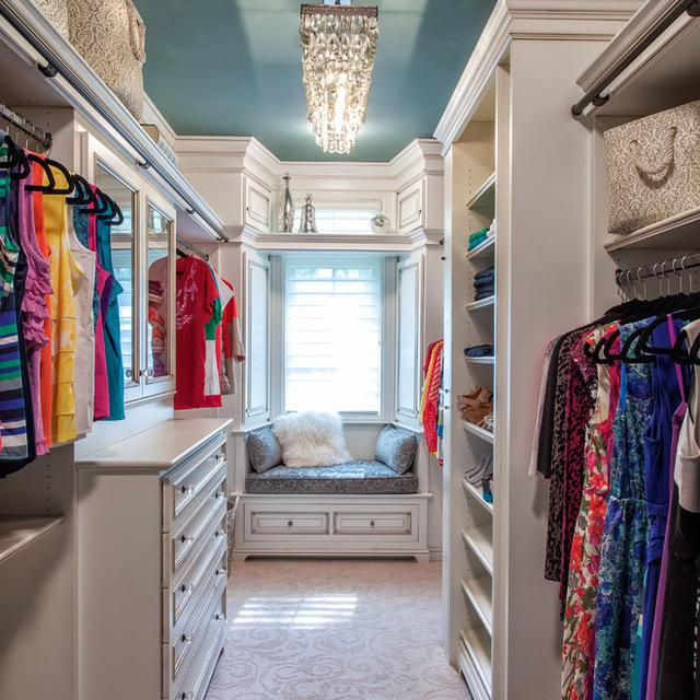 Walkin Closet Cabinets How To Turn A Walk In Closet Into A Glamorous Dressing Room