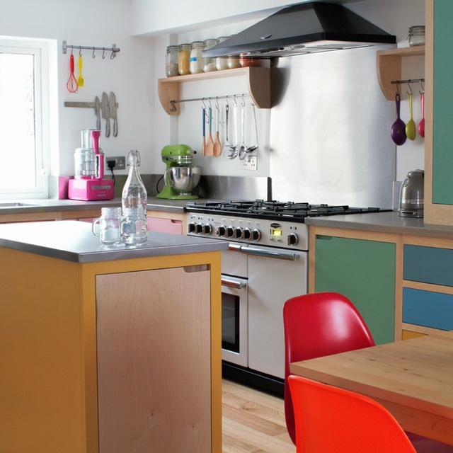 Houzz Small Kitchens 9 Ways To Make Islands And Breakfast Bars Work In Small Kitchens
