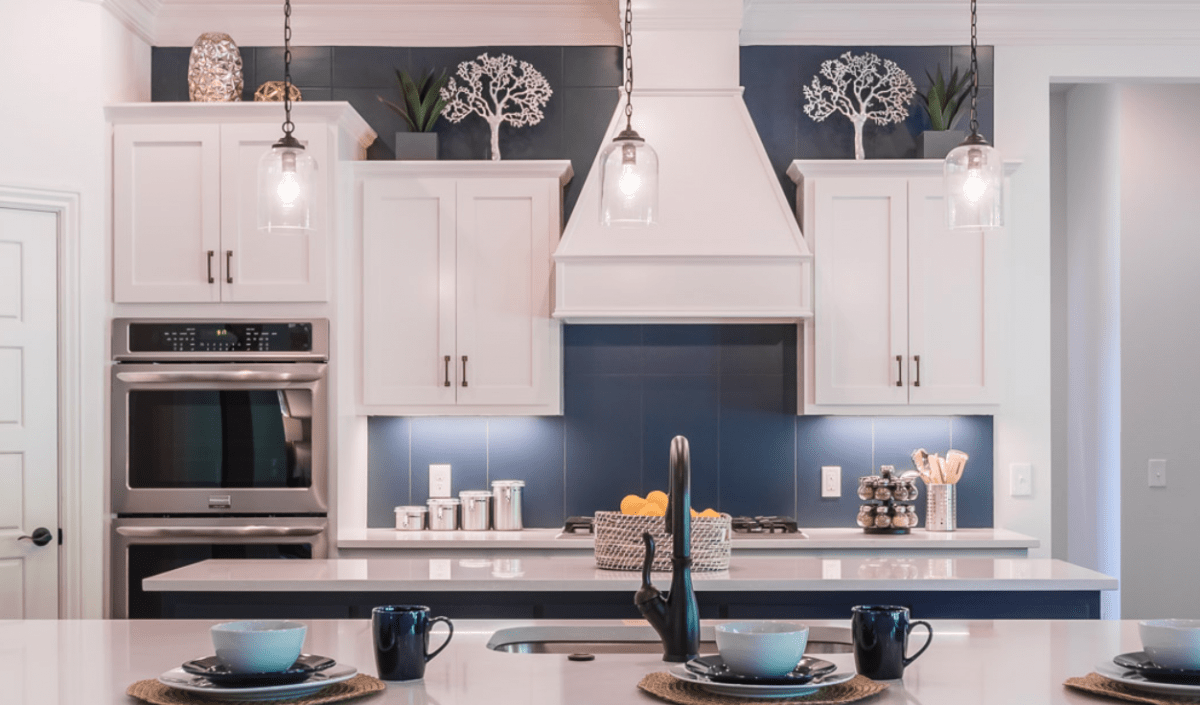 Kitchen Cupboard Colours 2018 Navy Is The New Black In Kitchens And Bathrooms Design Pros Say