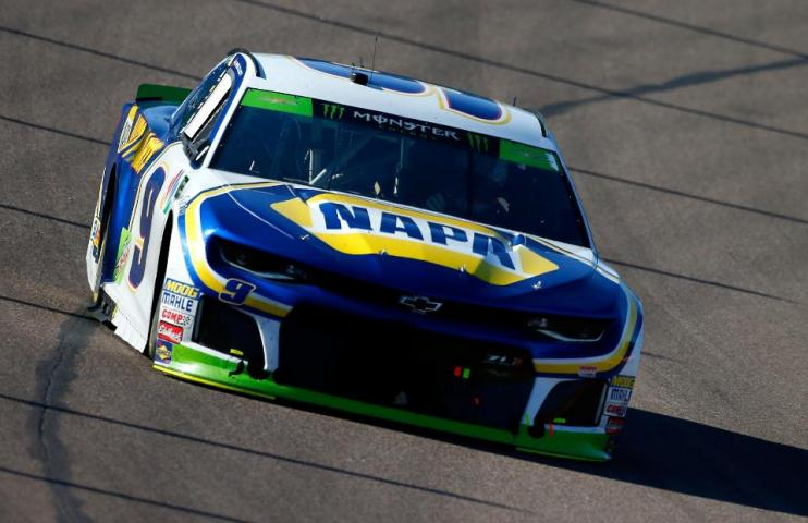 Vehicle Manufacturers In Nascar General Motors May Shed Jobs But Chevy Sticks With Nascar