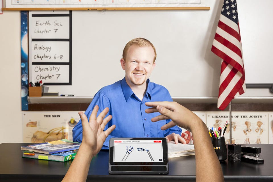 4 Game-Changing Technologies For The Deaf And Hard Of Hearing
