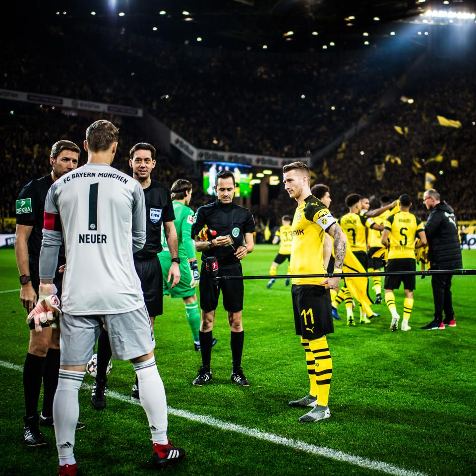 Escape Room Dortmund Borussia Dortmund And Bayern Munich S Five Goal Thriller Was A