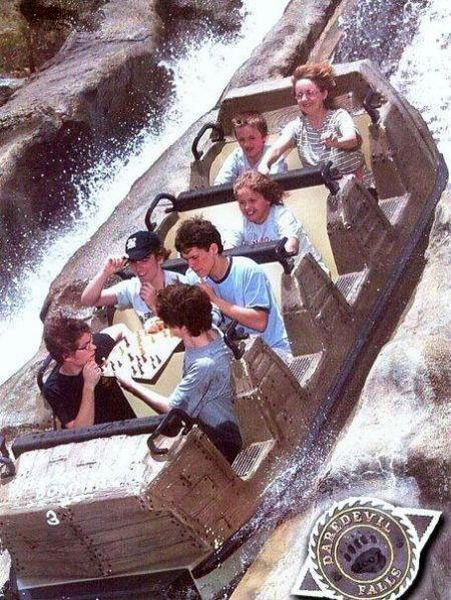 People From Roller Coasters ThumbPress 17 Winners and Losers from Roller Coasters (62 Pics)