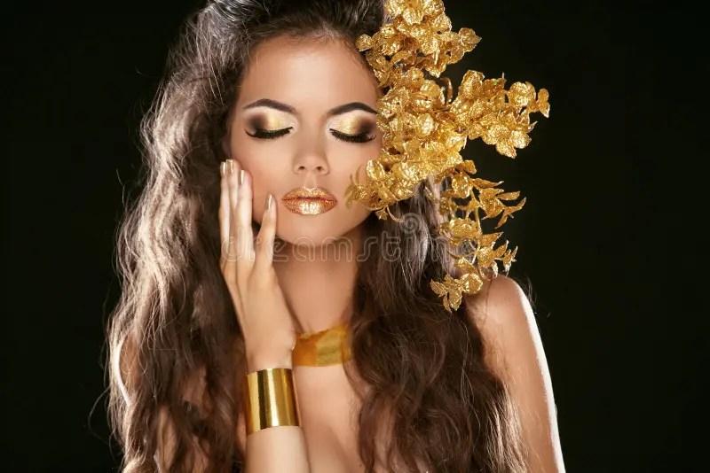 Bangle Girl Wallpaper Fashion Beauty Girl Isolated On Black Background Makeup