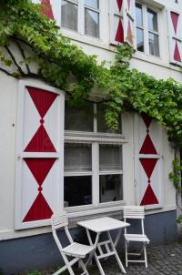 Fenster Eines Hauses In Maastricht, Holland Stockbild ...