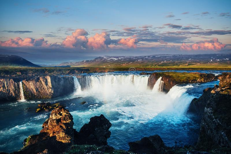 Free Country Fall Wallpaper Godafoss Waterfall At Sunset Fantastic Landscape