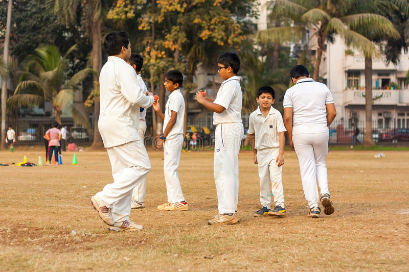 Kids playing Cricket editorial photography Image of indian - 90163372